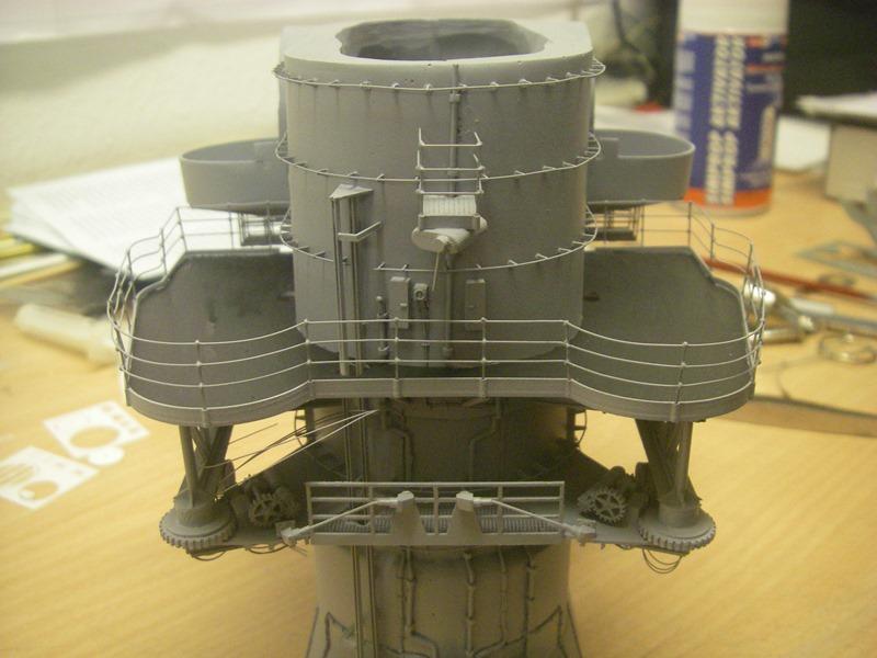 Bismarck 1:100 nur die Aufbauten  - Seite 4 Imgp8868