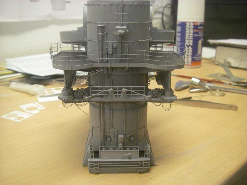 Bismarck 1:100 nur die Aufbauten  - Seite 4 Imgp8870