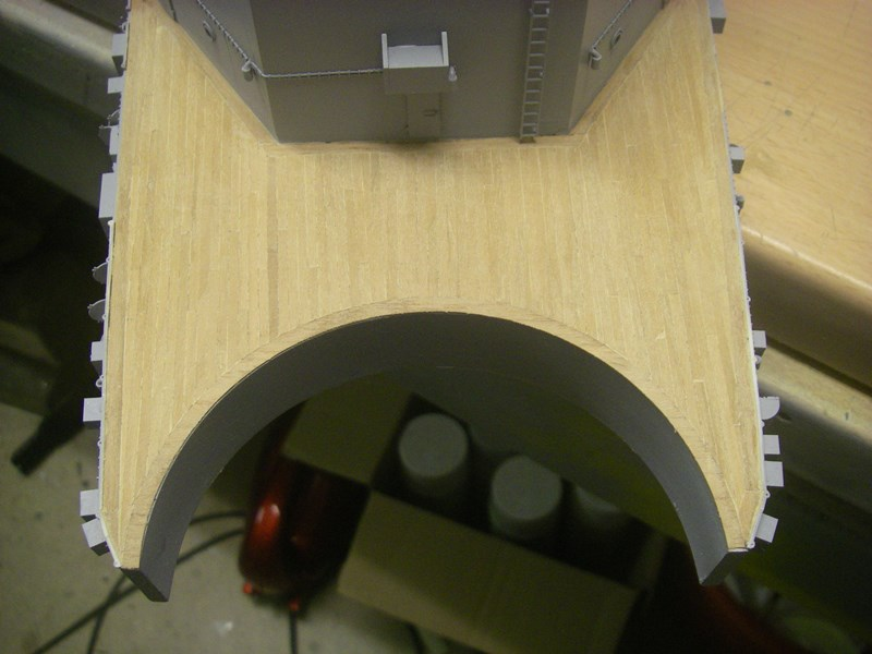 Bismarck 1:100 nur die Aufbauten  - Seite 4 Imgp8880