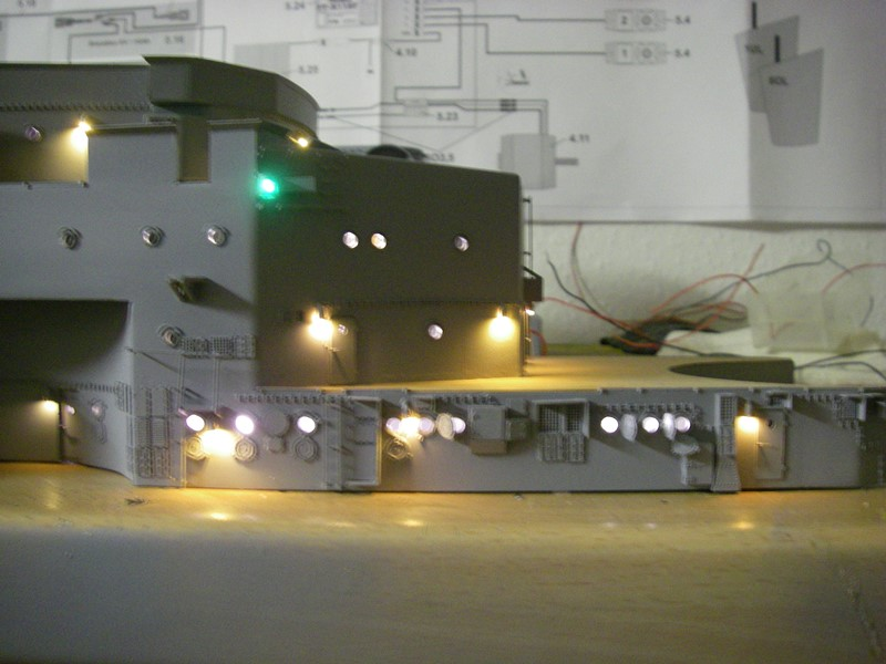 Bau der Bismarck in 1:100  - Seite 5 Imgp8952
