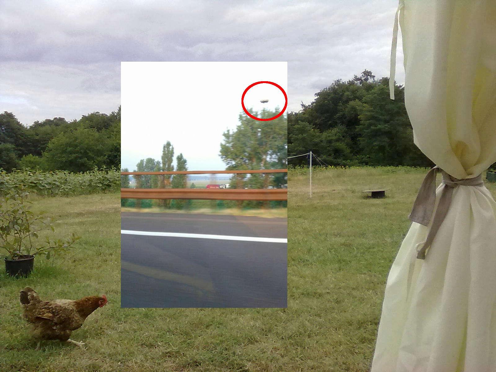 Photo ovni sur L'A1 près de Bologne en Italie - Page 4 Photo-10
