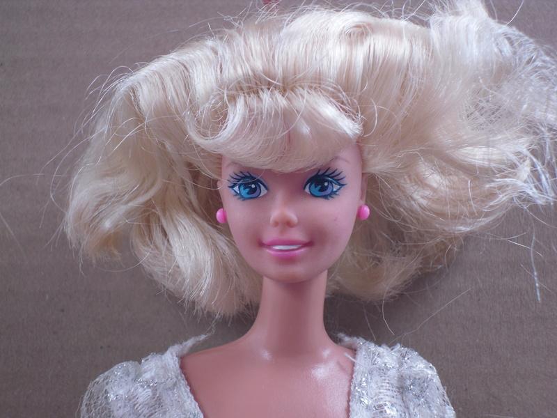 Les Barbies d'Endora Sdc13258