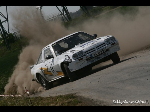 Photos spectaculaires de courses - Page 34 Rs-tor11