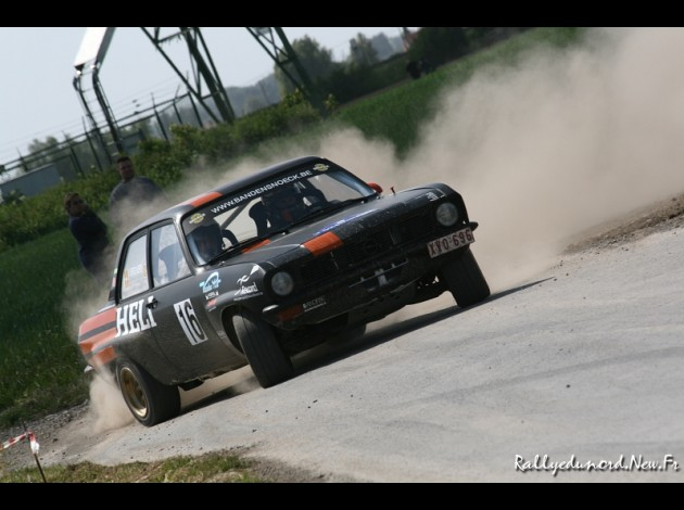Photos spectaculaires de courses - Page 34 Rs-tor12