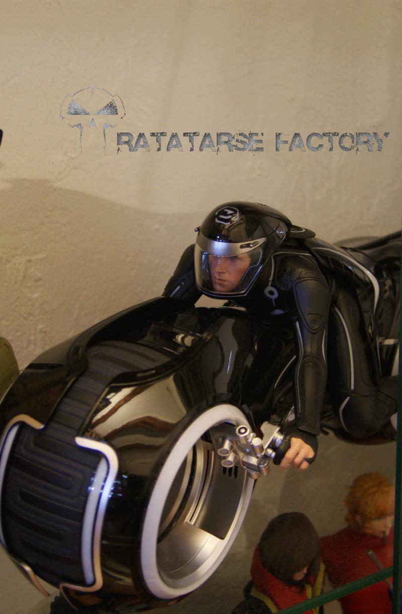 Ratatarse Collection - Hot Toys / Medicom et customs... - Page 12 Dsc05412