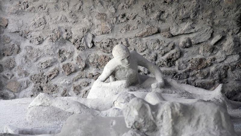 Pompéi: la vie avant la mort.. 06362111