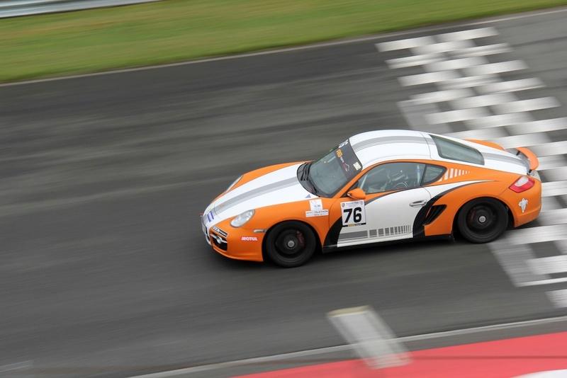 Trophée BRM Sport Cup 2016 avec le Porsche Club Motorsport - Page 3 7611