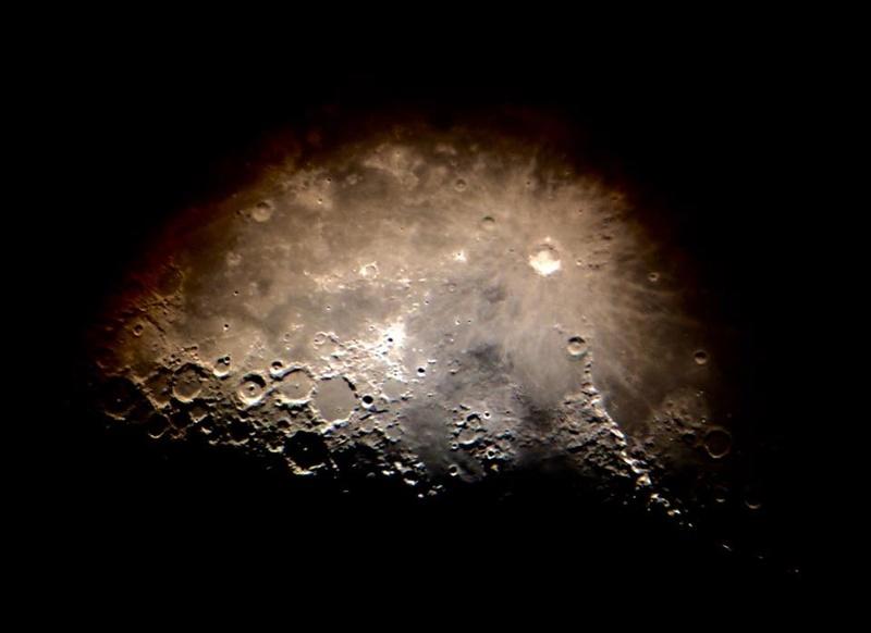"""Le """"Terminateur"""" de la Lune à la """"mano"""",  l'Iphone sur mon Dobson  Sirene11"""