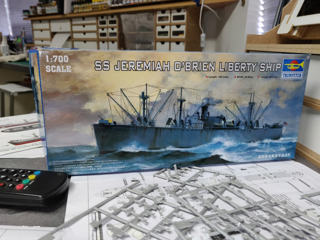 LIBERTY SHIP Jeremiah O'Brien 1/700 TRUMPETER Img_2010