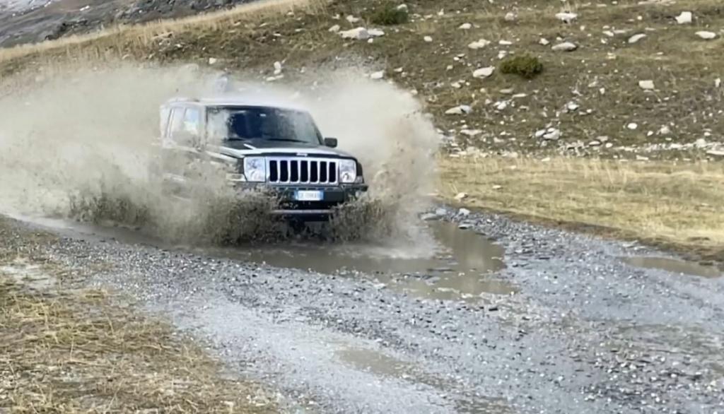 Jeep XK al Lago del Moncenisio  Cattur14