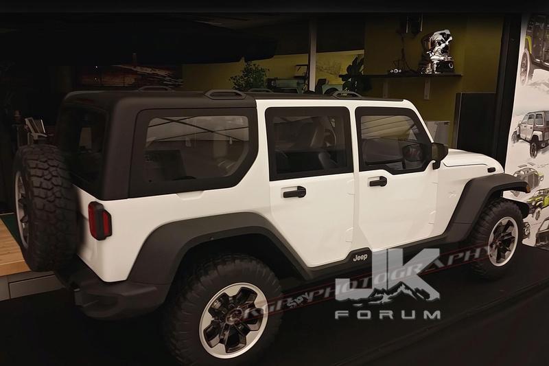Che sia lui il nuovo Wrangler JL?!?!?!  Jeep-j11