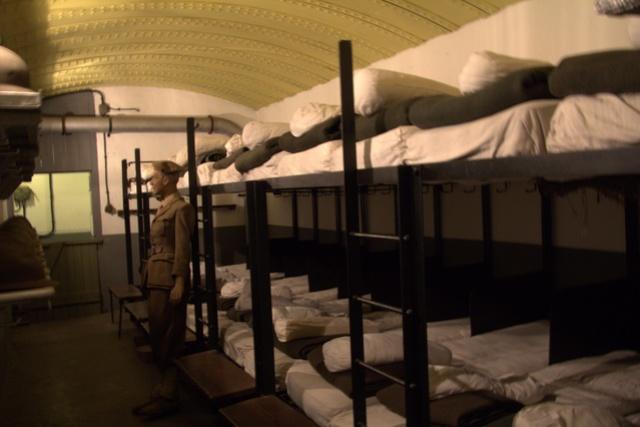 Festung Schoenenbourg. An der Maginot -Linie.  2b11