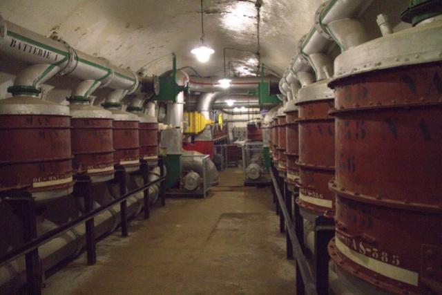 Festung Schoenenbourg. An der Maginot -Linie.  2b12