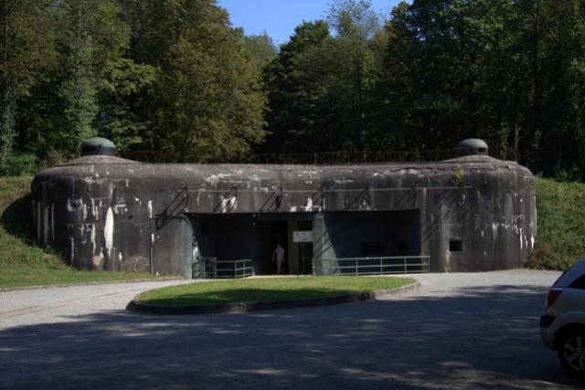 Festung Schoenenbourg. An der Maginot -Linie.  312