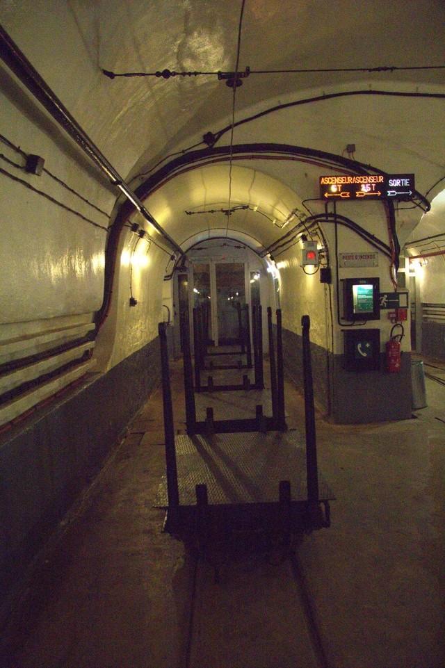 Festung Schoenenbourg. An der Maginot -Linie.  4a_110
