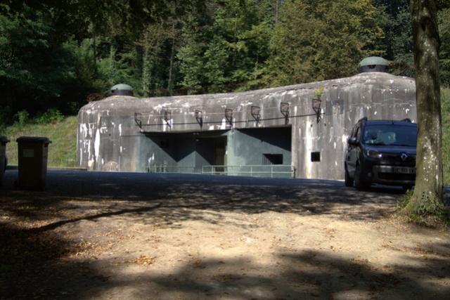 Festung Schoenenbourg. An der Maginot -Linie.  512