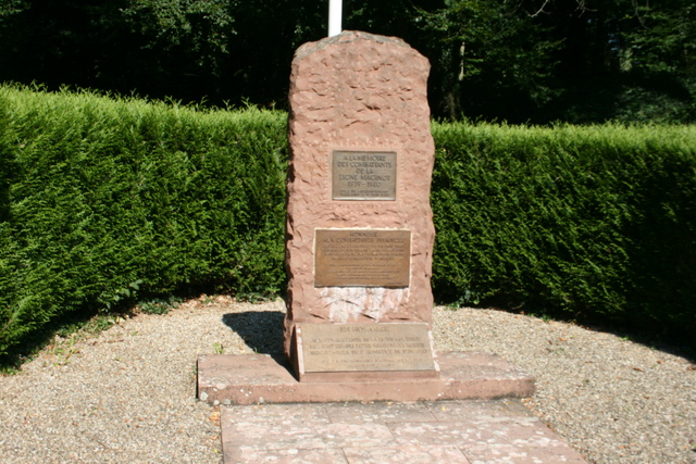 Festung Schoenenbourg. An der Maginot -Linie.  711