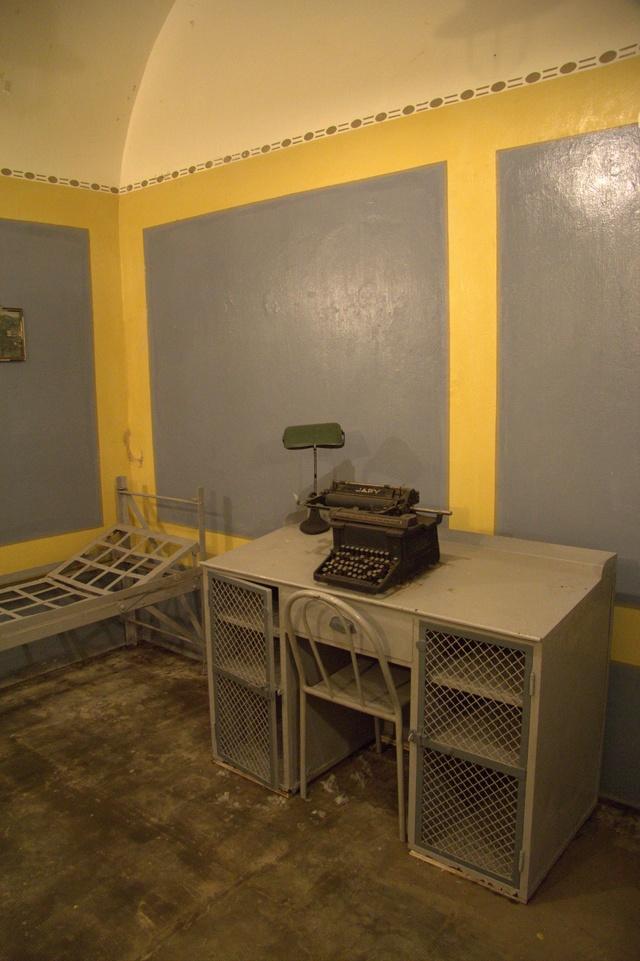 Festung Schoenenbourg. An der Maginot -Linie.  9_211
