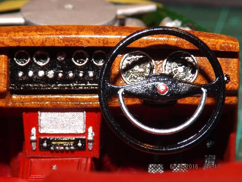Jaguar Mk.II Saloon de Tamiya  Dscf4512