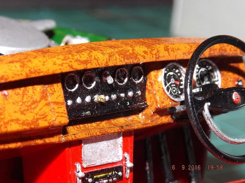Jaguar Mk.II Saloon de Tamiya  Dscf4515