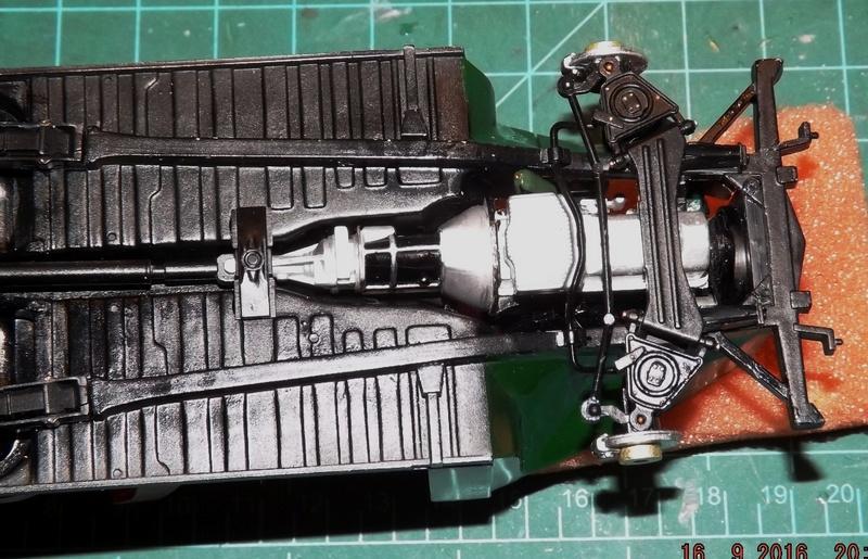 Jaguar Mk.II Saloon de Tamiya  Dscf4626