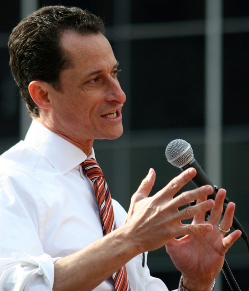 The hands of Anthony Weiner - who became Hillary Clinton's worst nightmare! Anthon11