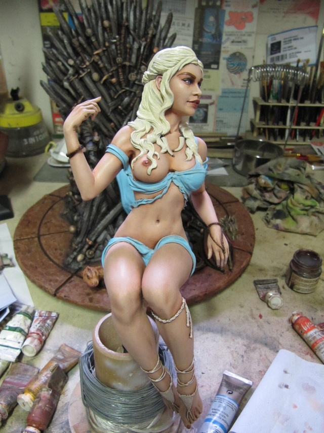 Game of Throne: Khaleesi 1/6. - Page 2 Img_0023