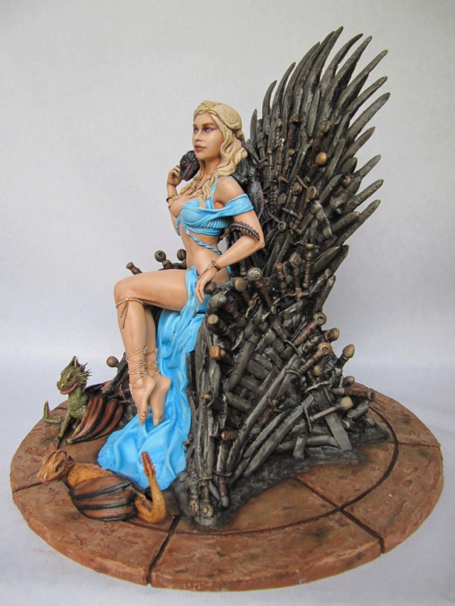Game of Throne: Khaleesi 1/6. - Page 2 Khal1311