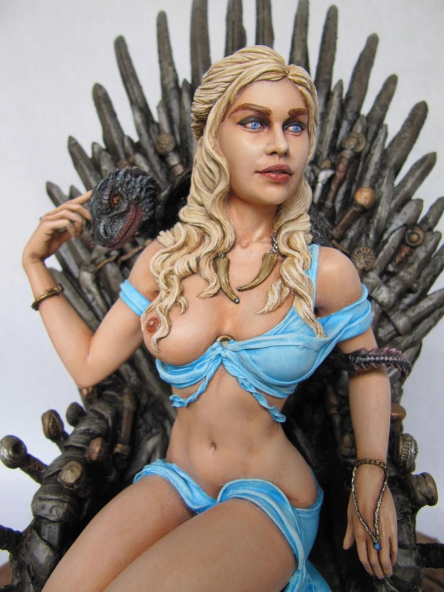 Game of Throne: Khaleesi 1/6. - Page 2 Khal311