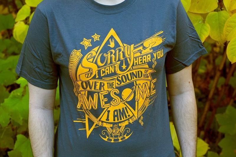 Livre et tee-shirt 14712711