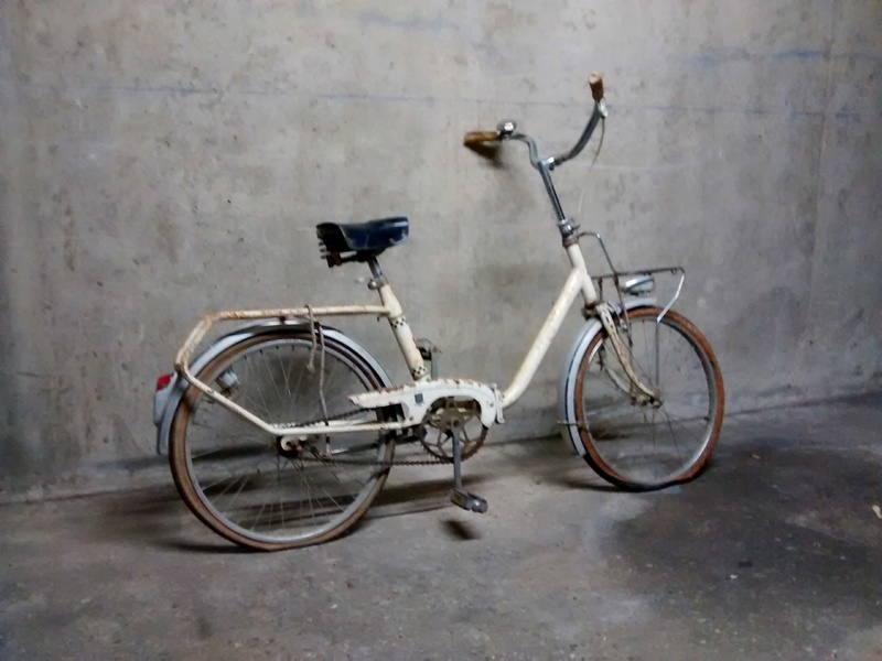 Mini Peugeot D40, transformation en vélo de jardin Img_2030