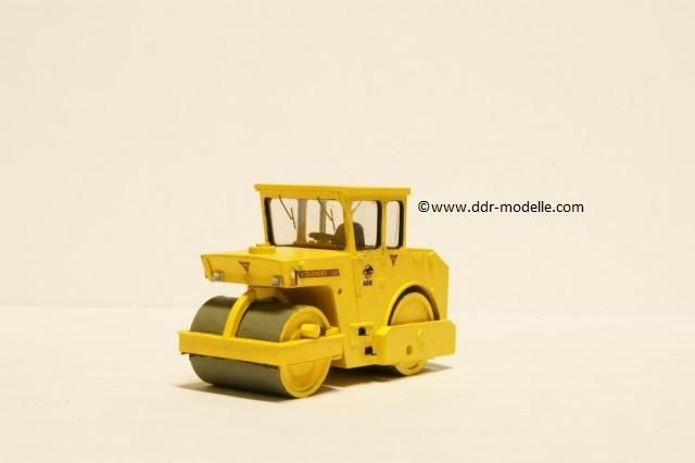 Straßenwalze ABG Alexander 128 Dsc07810