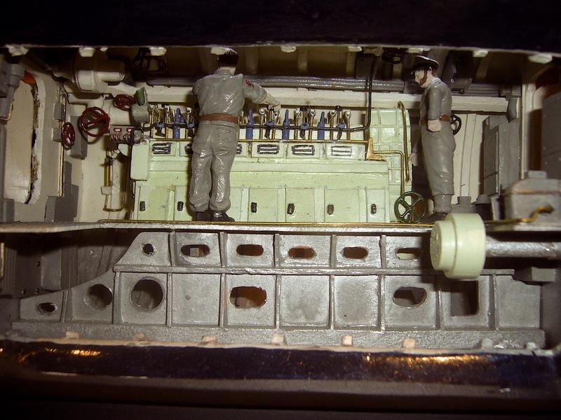 U VIIB / n° 100 Sur base U 47 Robbe P1190652