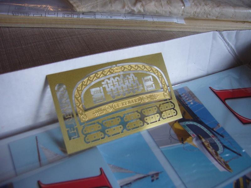 Présentation de la boite du Renard d'Artesamia Latina. 1:50° P1190844