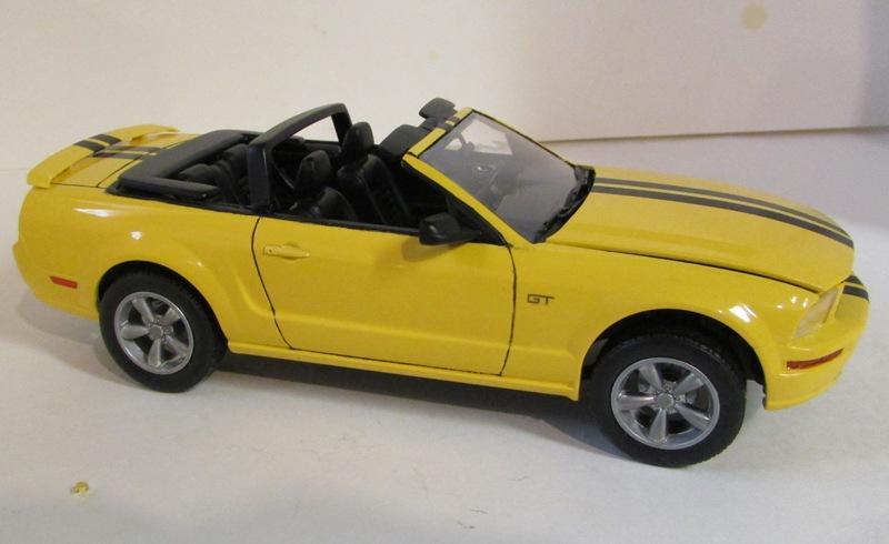 2006 Mustang GT décapotable 02013