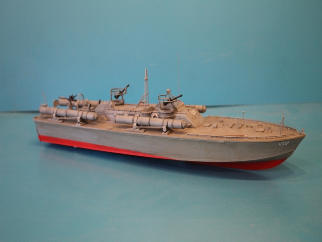 un pt boat au repos  Img_0010