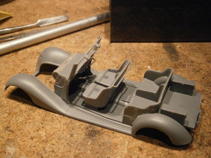 Hier kommt der Büssing-NAG 500 S mit 60 cm  Flakscheinwerfer 36 mit Sd.Ah.51   Pa030010