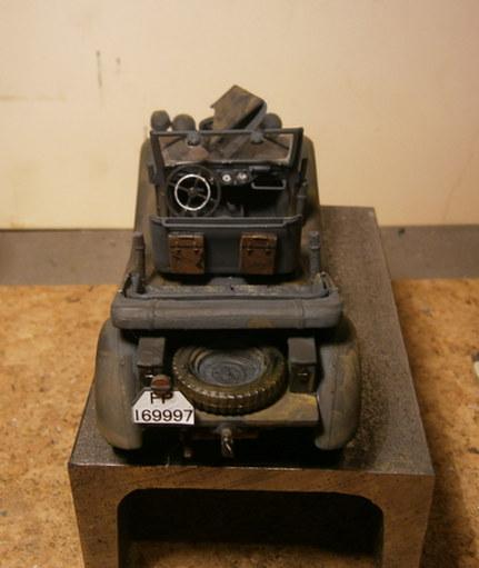 Hier kommt der Büssing-NAG 500 S mit 60 cm  Flakscheinwerfer 36 mit Sd.Ah.51   Pa100012