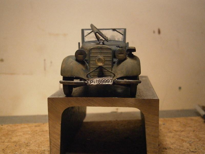 Hier kommt der Büssing-NAG 500 S mit 60 cm  Flakscheinwerfer 36 mit Sd.Ah.51   Pa100013