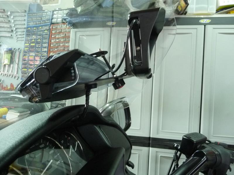 """NavigTruck - Un GPS """"ANGEVIN"""" produit du terroir. P1270738"""
