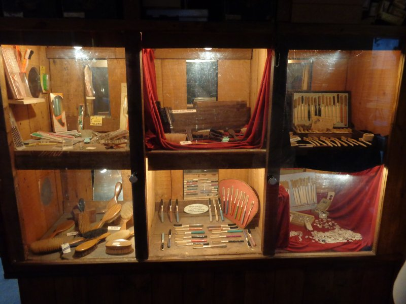 [CMBF-Youngtimers] dim 25 sept 2016 : Le Musée de la Brosserie Img_2640