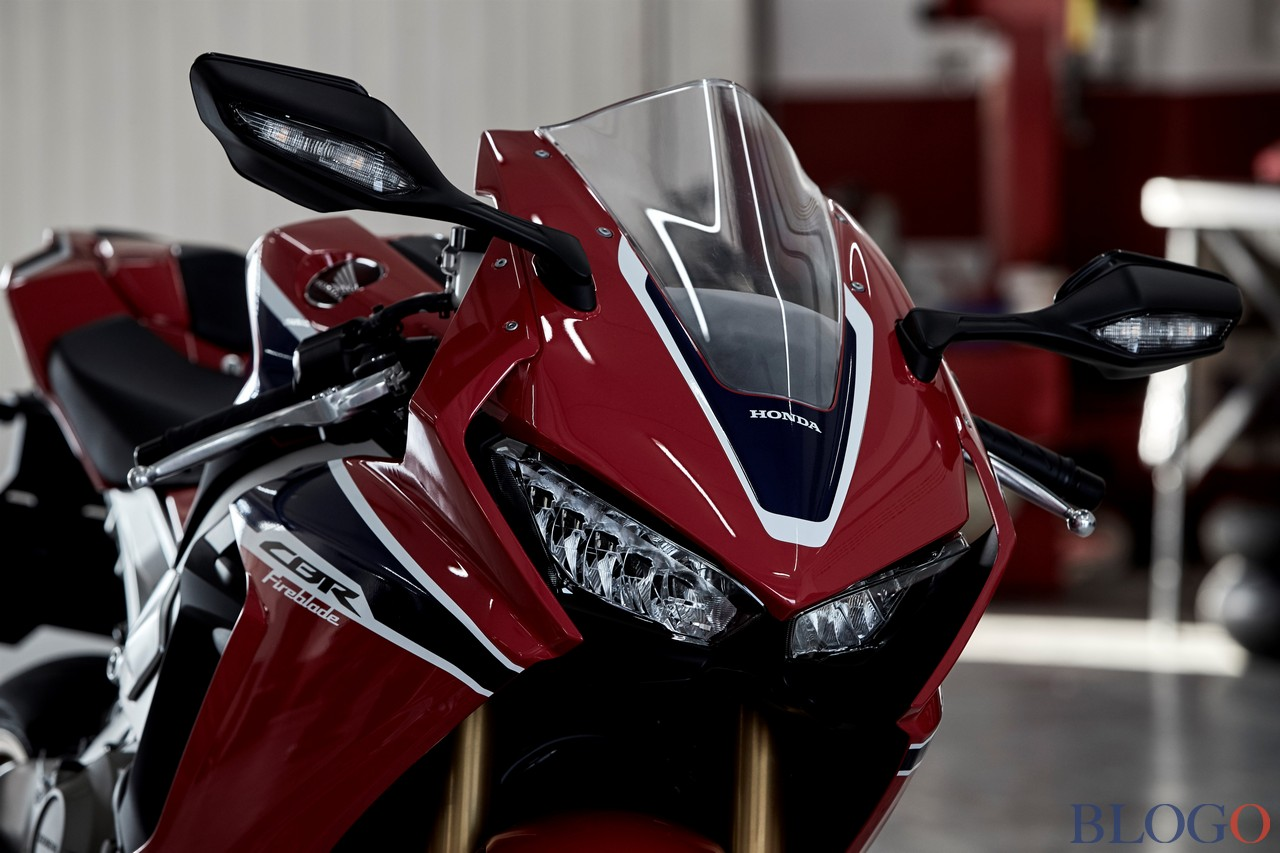 CBR 1000 2017  - Page 4 Honda-16