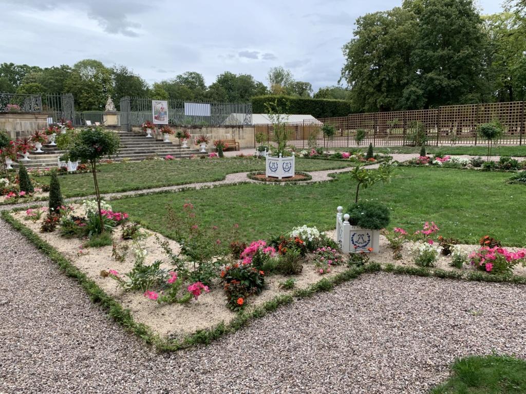 Restitution du jardin privé d'Elisabeth-Charlotte d'Orléans à Lunéville 274d3e10