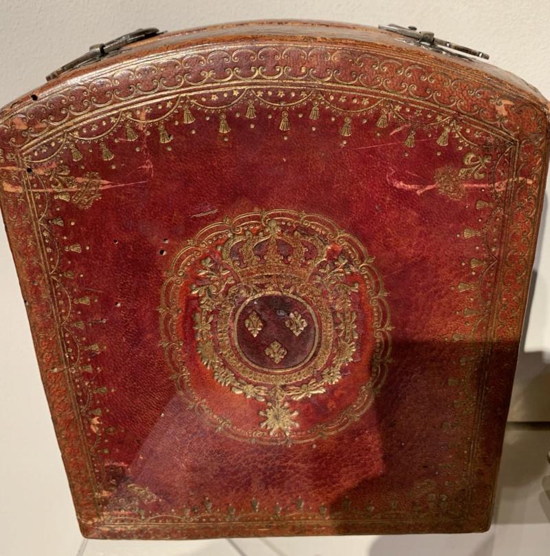 Latitudes et longitudes, les instruments de mesure du temps pour les voyages : chronomètre de marine, cadrans solaires et boussoles du XVIIIe siècle 8f4fe010