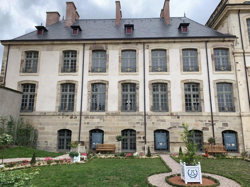 Restitution du jardin privé d'Elisabeth-Charlotte d'Orléans à Lunéville Cbc6fb10
