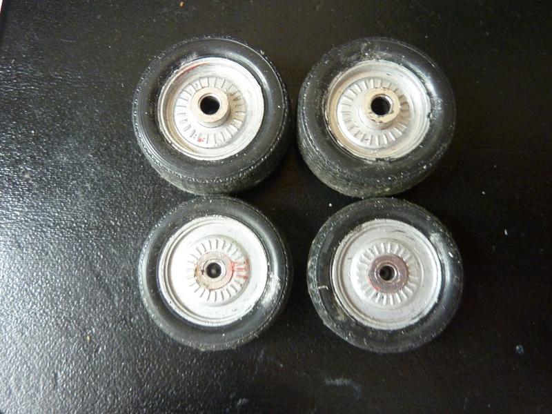 Recherche roues complètes P1120211