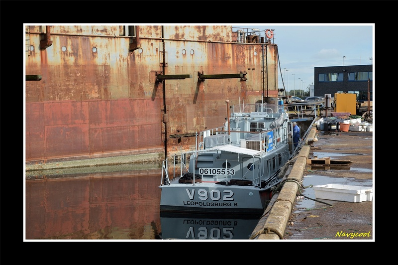 V902 Libération  cale sèche Dsc_0043
