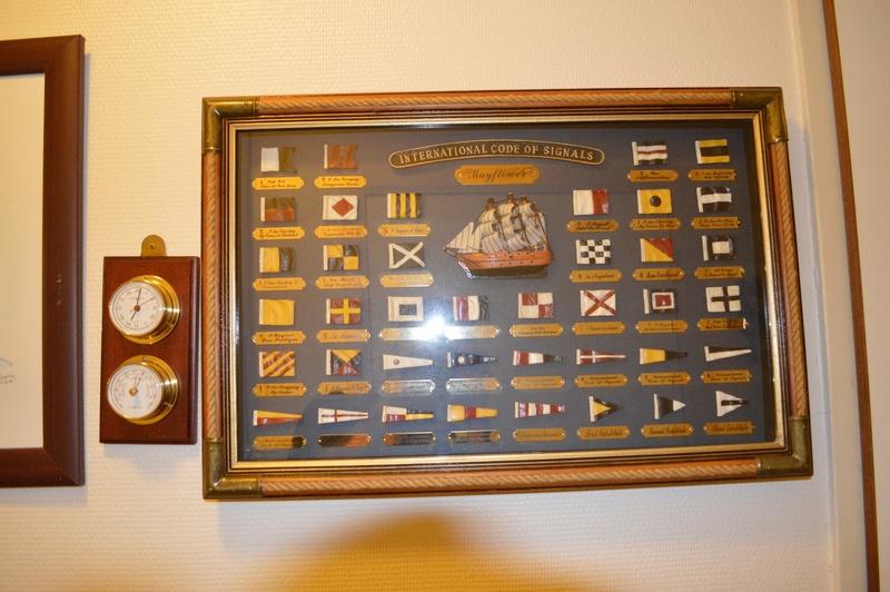 Comment conservez-vous les souvenirs de la Marine et autres? - Page 3 Dsc_0055