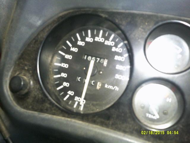 CBR 1000 F SORTIE DE GRANGE Racer concept Dscf0029