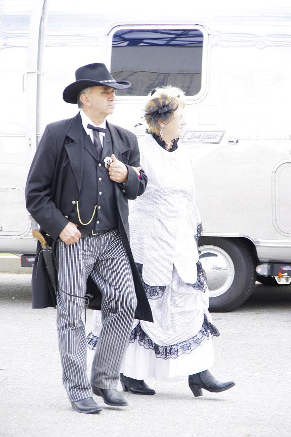 1er concours de Cowboy Action Shooting en Suisse Romande Couple11